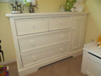 Beautiful white baby dresser - WHITE