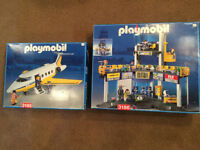 Playmobil Twin Engined Jet and Airport model 3185 & 3186