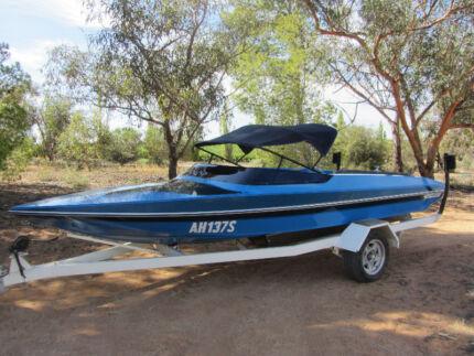 Camero/Sterling Pintara Ski Boat Loxton Loxton Waikerie Preview