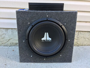 "12"" sub in enclosure with 500w amp"