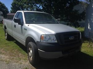 2005 Ford F-150 space cab 4x4 truck