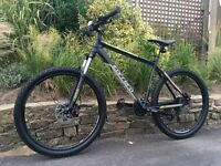 2015 Carrera Vulcan mountain bike, LIKE NEW, HIGH SPEC