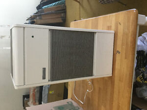 Electronic air cleaner - Kenmore model D42 M32954