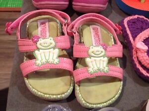 Baby girl shoes London Ontario image 3