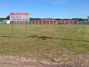 Lot and storage business for rent