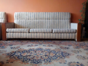 Couch & Sofa