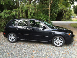 2007 Mazda 3 Hatchback - Super clean and great condition!
