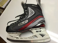 Only wore 4 TIMES -NEW Bauer Vapor Instinct Hockey Skates