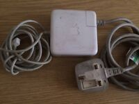 Genuine Apple 60W MagSafe Power Adaptor (for MacBook and 13-inch MacBook Pro)