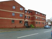 2 bedroom flat in Wellington Street, Hull, East Yorkshire, HU1