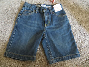 Gymboree size 6, boys denim shorts BNWT