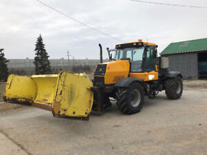 JCB Fastrac 185-65 Tractor with Snow Plow