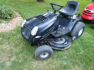 Muarry Lawn Tractor