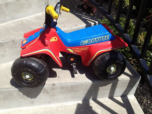 Electric Atv Toddler Kid Scooter lil Coyote Road Yard Play Wheel