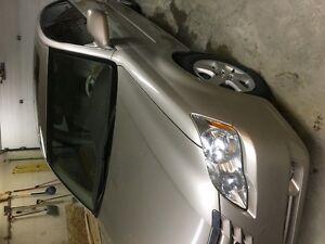 2005 Toyota Avalon XLS Sedan