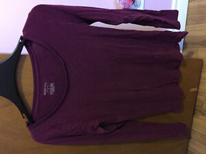 Like-new maternity clothes