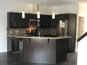 3 Bedroom townhouse located on Pembina Hwy