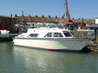 Fairline Fury - Curlew