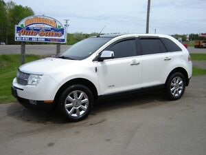 2009 LINCOLN MKX***AWD***LOADED***PANORAMIC SUNROOF***