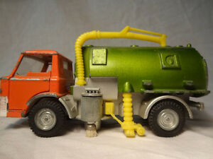 Dinky Toys Johnston Sweeper