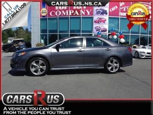 2014 Toyota Camry FINANCE AND GET FREE WINTER TIRES!