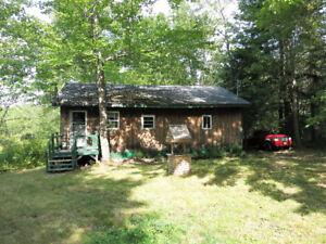 Fully Furnished Cottage on Wasademoak Lake!