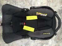 Graco Snugfix baby car seat & ISOFIX base
