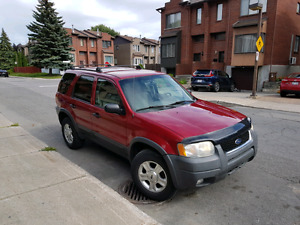 Ford escape super clean in and out no rust