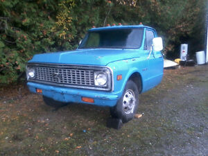 chevy C-10 pickup front end and engine&trans. Kawartha Lakes Peterborough Area image 1