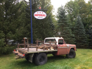 1969 W200 POWER WAGON