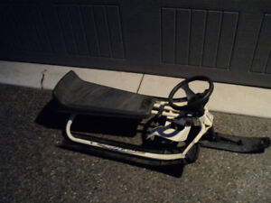 Snow racer Snow sled w/ steering wheel and brakes + tow cord