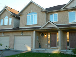5 BEDROOM HOME IN THOROLD FOR BROCK STUDENTS - STEPS TO BUS STOP