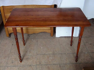 Simplicity Sewing/Pattern Making Antique Table