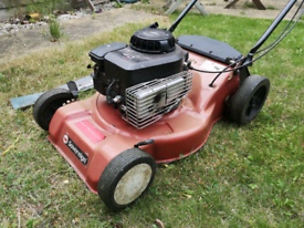 Sovereign NG 464 TR Petrol Lawnmower