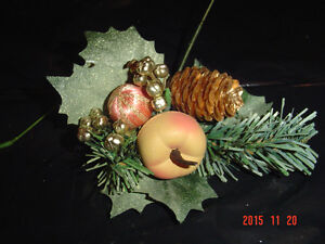 LARGE SELECTIONS OF PINE CONE PIC ACCENTS FOR DECORATING/CRAFTS Windsor Region Ontario image 1