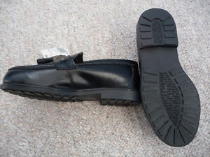 Brand New Black Dress Shoes With Tassels - Child's Size 11 or 12 Kitchener / Waterloo Kitchener Area image 5