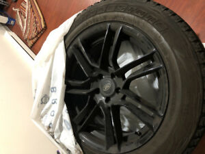 Winter tire with rims. 235:60/R18