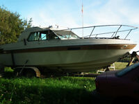 1978 24 ' Reinell Cabin Cruiser For Sale