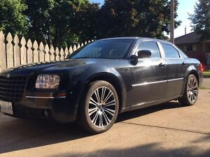 """Chrysler 300 Touring - Restored to New Condition 20"""" Rims"""