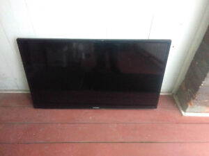 "Samsung 40"" LED smart TV sa is for parts/repair"