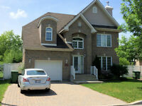 Gorgeous house for rent in Pierrefonds West