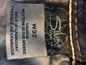 Ladies SILVER Suki Bermuda jean shorts-32 waist-$20 Edmonton Edmonton Area image 4