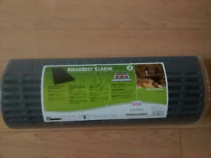 NEW THERM-A-REST RIDGEREST CLASSIC SLEEPING PAD $30