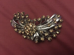 Pin back brooch rhinestones jewellery #1