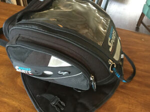 Oxford magnetic motorcycle tank bag