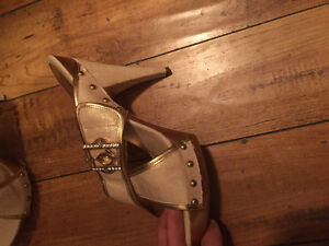 Baby phat high heel shoes London Ontario image 3