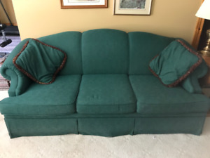 Beautiful Home Furnishings in MINT Condition; In LINDSAY, ONT