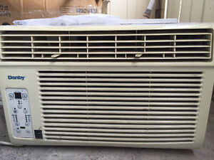 Energy Efficient 8000 BTU Window Unit Danby Air Conditioner