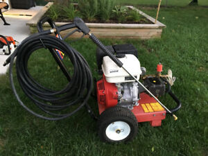 Honda commercial pressure washer in mint shape