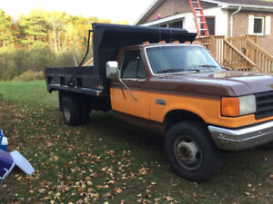 1988 Ford F-450